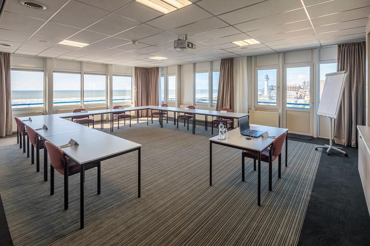 Vergaderen op 1,5 meter afstand in Egmond aan Zee